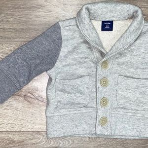 GAP Sweatshirt Cardigan Gray 3-6 Months